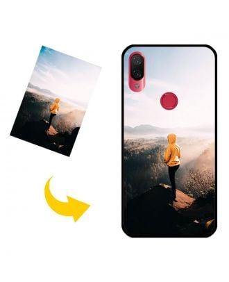Zákazkové puzdro na telefón Xiaomi Play s vlastným dizajnom, fotografiami, textami atď.