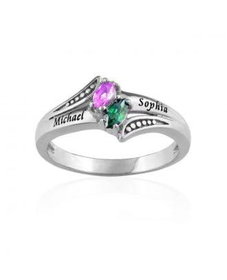 Prispôsobený zásnubný prsteň so štyrmi kameňmi