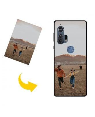 Henkilökohtainen Motorola Edge+ puhelinkotelo, jossa on oma muotoilusi, valokuvasi, tekstisi jne.