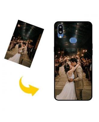 Mittatilaustyönä tehty Samsung Galaxy M01s puhelinkotelo, jossa on omat valokuvat, tekstit, suunnittelu jne.