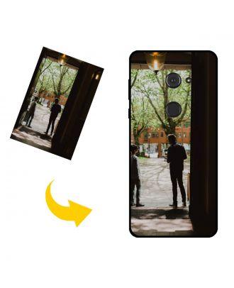 Mittatilaustyönä tehty Sharp Aquos Zero puhelinkotelo, jossa on omat valokuvat, tekstit, suunnittelu jne.